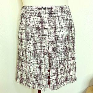 Worth black/ cream tweed skirt w/ pleat sz 12 NWOT